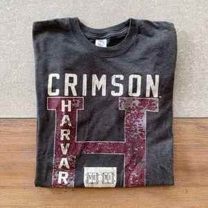 VINTAGE Harvard Crimson University Tee size S